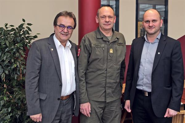 FH Wiener Neustadt intensiviert Zusammenarbeit mit Theresianischer Militärakademie